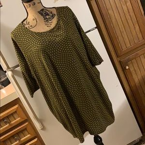 LuLaRoe Irma short sleeve tee size women's 2XL